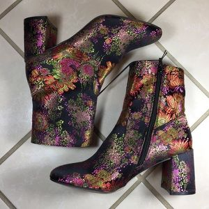 STEVE MADDEN Sania Floral Ankle Heel Boots NEW